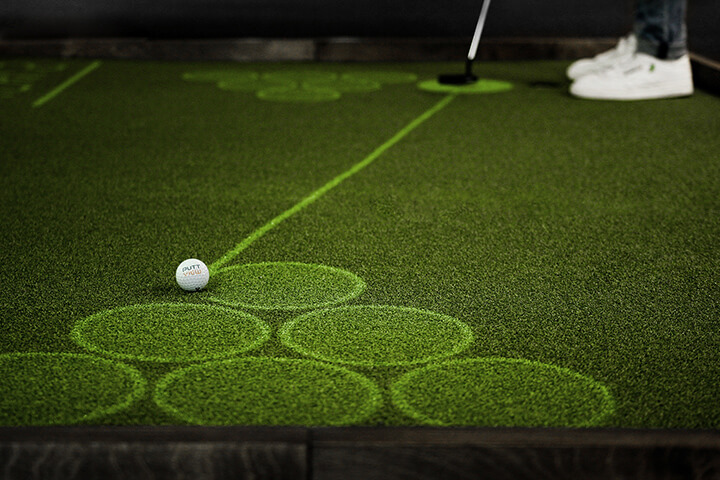 Care for some more fun during or after practice? Then start a game of Putt Pong with one of your friends! © puttview.com
